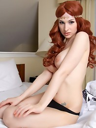 Amazing Bailey spreads and jerks