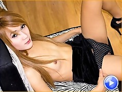 Parkky is a sexy and lively ladyboy, she has a great body and got hard easily