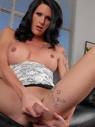 Sexy Morgan fingering her juicy asshole
