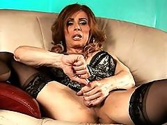 TMILF Jasmine Jewels masturbating & fingering her tight ass