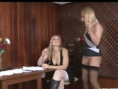 Freaky shemale shares her experience with a babe fucking right at the cafe