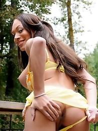 Busty Mia Isabella posing her irresistible body