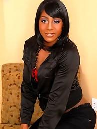 Very feminine girl with amazing eyes