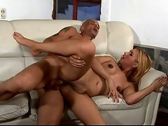 Random pick-up girl turns out extra equipped and ready for hard anal action